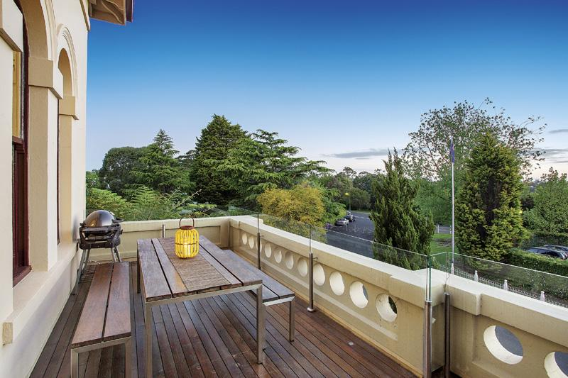 Grandstand, 4 Wiltshire Dr, Kew, SOLD