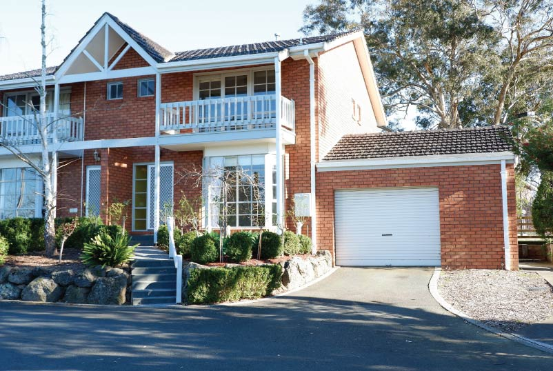 Family Living in a Central Location of Templestowe Lower