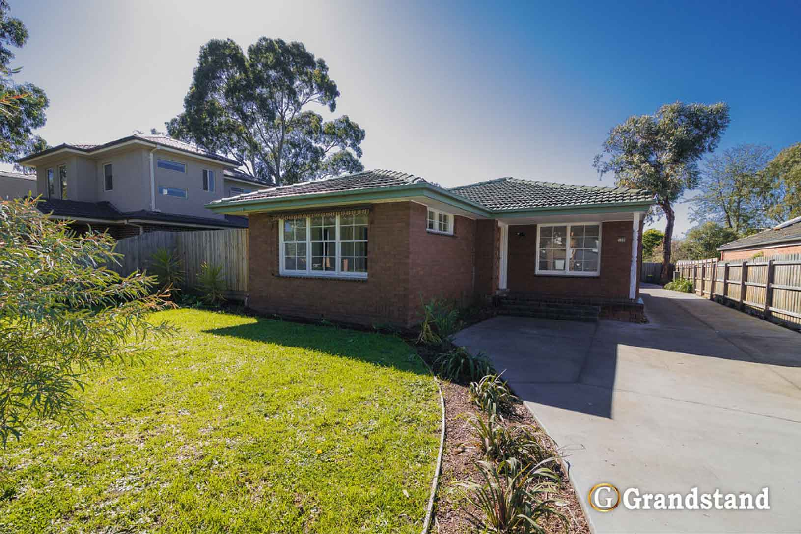 Beautiful Family Home! Walk to Carrington Primary School