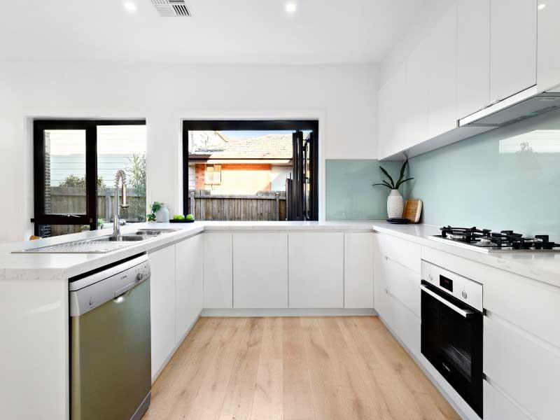 5.-Kitchen